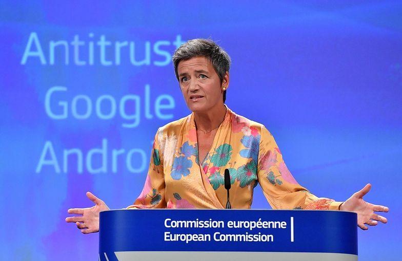 Google wykorzystuje Androida jako sposób na ugruntowanie dominującej pozycji swojej wyszukiwarki internetowej - powiedziała w środę Margrethe Vestager, unijna komisarz odpowiedzialna za politykę konkurencji