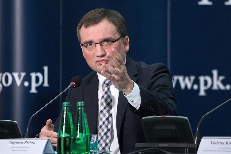 Coraz wyższa kwota majątku zabezpieczonego przez prokuraturę daje wymierne korzyści dla państwa i ma bardzo negatywne skutki dla przestępców - zapewnia Zbigniew Ziobro.