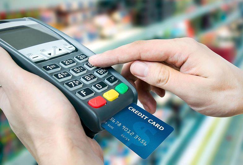 Koszt urządzeń zniechęca przedsiębiorców do zainstalowania terminali płatniczych