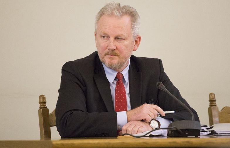 """""""Obecnie padam ofiarą zamachu na mój dorobek zawodowy oraz dobre imię"""" - pisze Wojciech Kwaśniak."""
