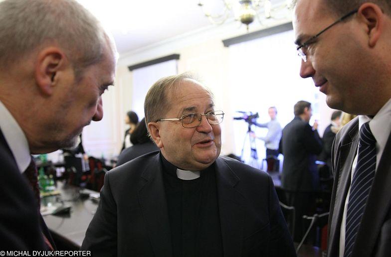 """Ojciec Rydzyk ma konkretne plany dotyczące wyborów do PE, informuje """"Gazeta Wyborcza"""""""