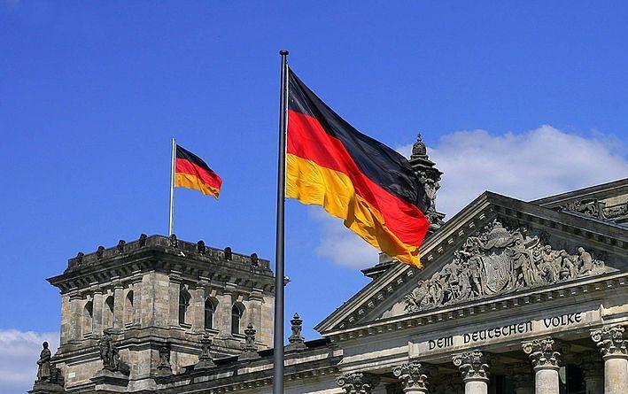 Imigranci w Niemczech będą mówili tylko po niemiecku? Prasa drwi