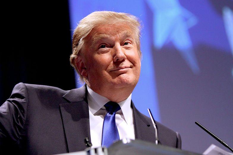 """Trump chce zamknąć kontrowersyjną fundację. """"To niemożliwe. Trwa śledztwo"""""""
