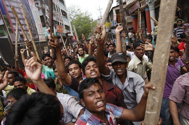1 maja dniem gniewu po tragedii w fabryce tekstyliów w Bangladeszu