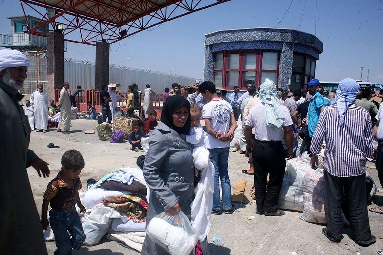 Uchodźcy z Syrii. Turcja może przyjąć do 100 tys. uciekinierów