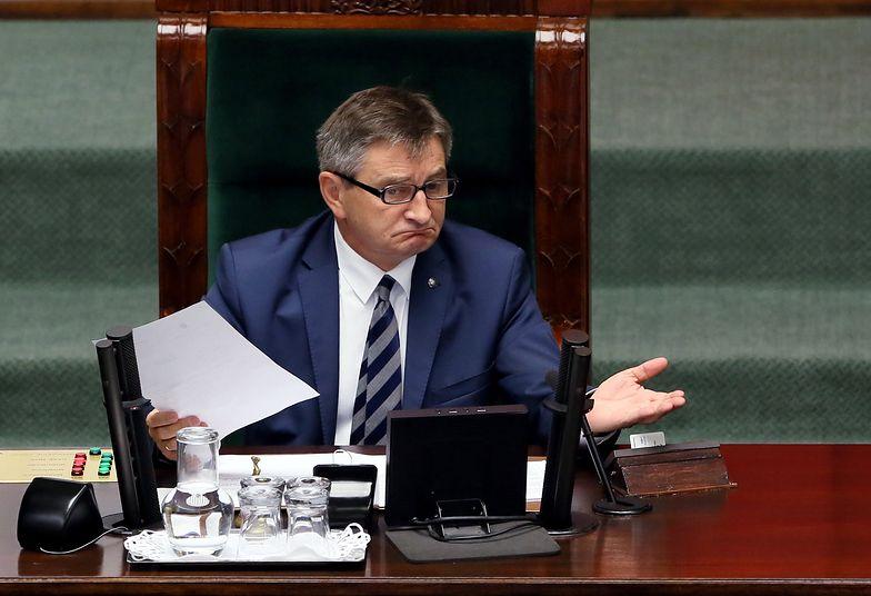 """""""Pucz"""" opozycji za 8 tys zł. Tyle Sejm zapłacił za analizy, jak wyprowadzić posłów z sali"""