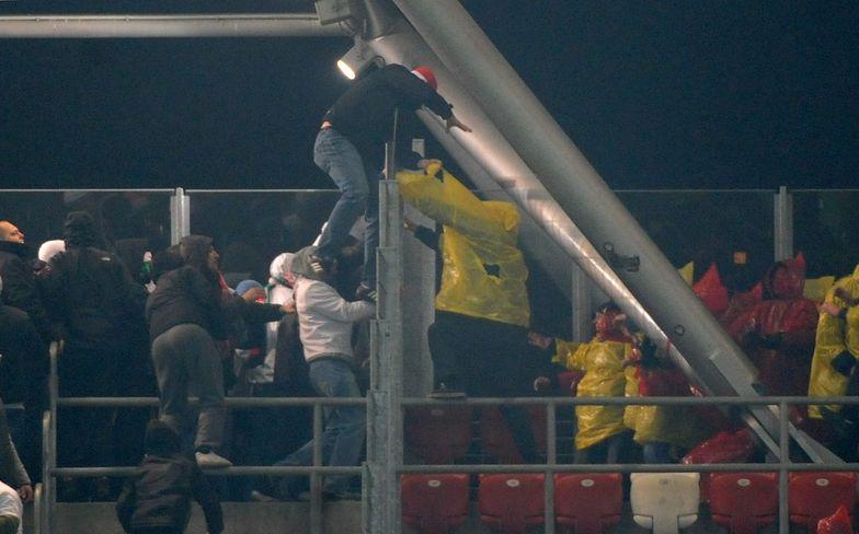 Zamieszki na stadionie Legii. Policja zatrzymała kilkadziesiąt osób