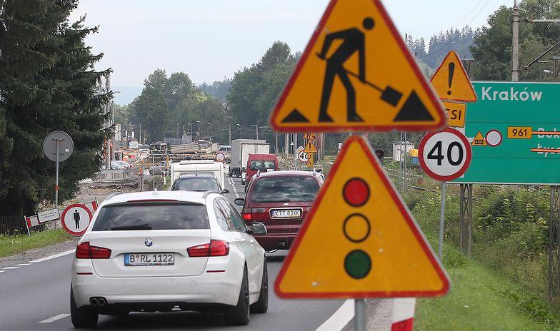 Dziś Polacy stoją godzinami w kilometrowych korkach, aby dostać się do Zakopanego