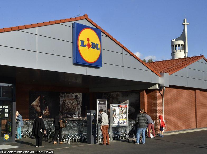 W sklepach Lidl obowiązuje zmianowy system pracy