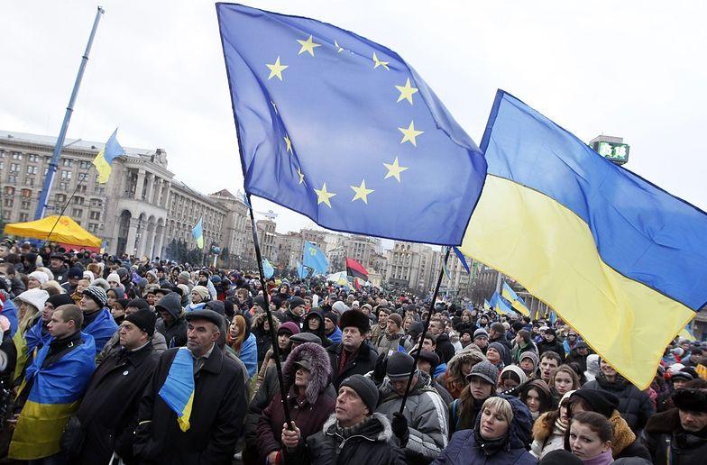 Demonstranci z Majdanu znów blokują siedzibę rządu