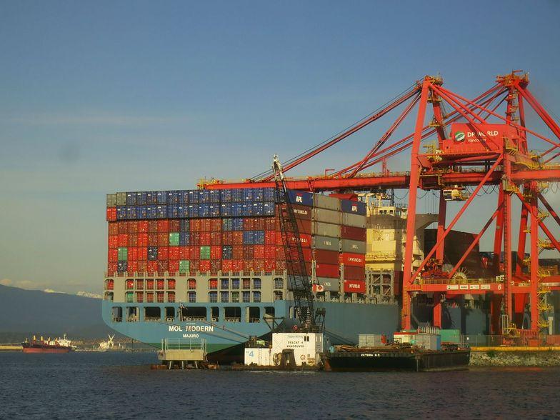 Handel zagraniczny. Eksport rośnie jak szalony, zanosi się na rekord