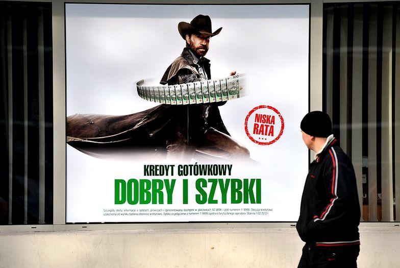 Finanse Polaków. Lepiej oszczędzać niż pożyczać pieniądze