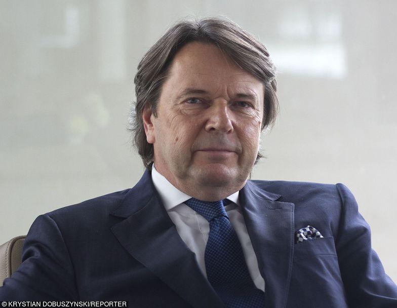 Zbigniew Jakubas od lipca wydał na akcje Netii około 60 mln zł. Od Cyfrowego Polsatu dostanie dużo więcej