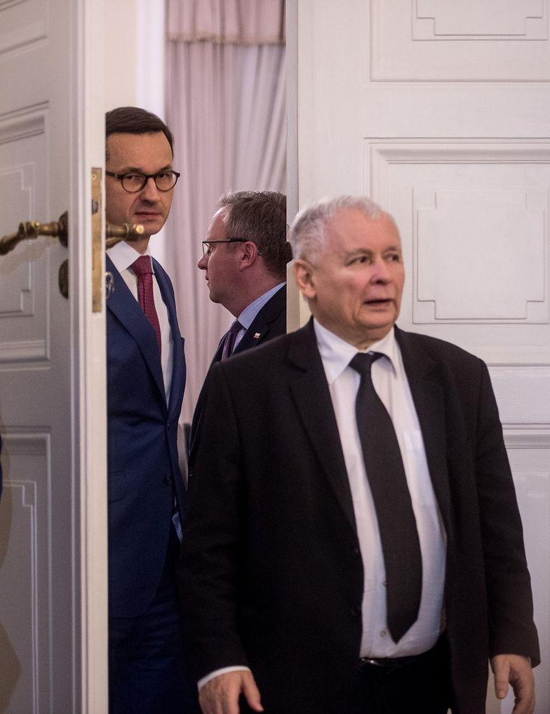 Nie jest tajemnicą, że wszelkie kroki są wpierw konsultowane z prezesem Kaczyńskim.