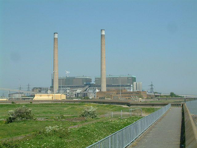 Emisja CO2. Kolejna brytyjska elektrownia wykorzystała limit i wstrzymuje produkcję