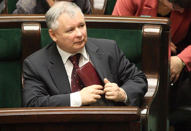 Jarosław Kaczyński przekonuje, że znajdą się dodatkowe pieniądze dla emerytów.