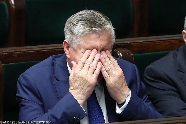 Zastępcy ministra Jurgiela nie mają na co narzekać