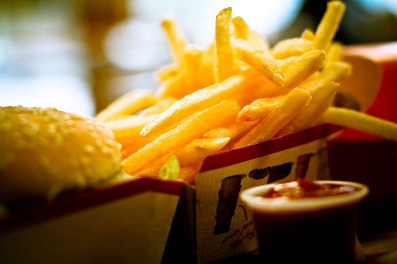 Frytki i hamburgery wymknęły się spod kontroli urzędników.