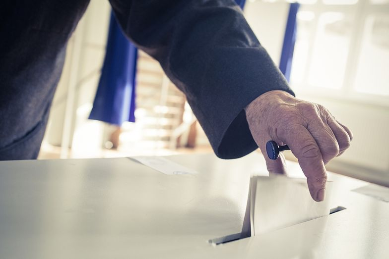 Samorządowa rewolucja PiS. Partyjni kandydaci lepsi od społeczników