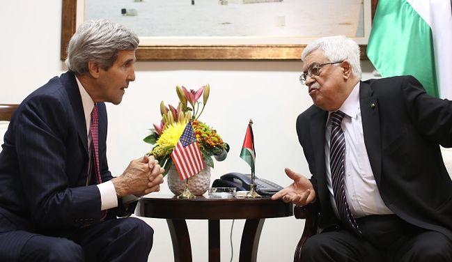 Kerry chce wypracować pokój na Bliskim Wschodzie