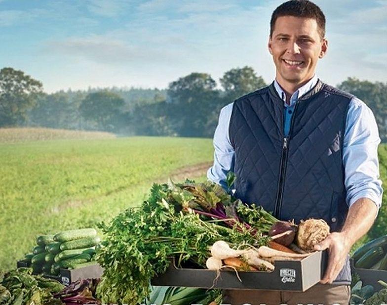 Sieć supermarketów wstrzymała reklamy z dostawcą warzyw.