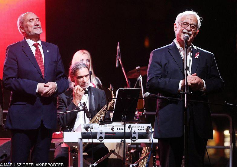 Jan Pietrzak śpiewa ostatnio na wielu organizowanych przez państwo imprezach.