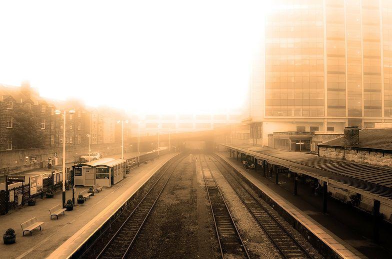 Smog w polskich miastach. Samorząd zdecyduje, czym możesz palić w piecu
