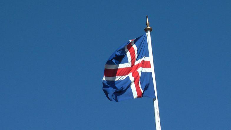Standard & Poor's podniósł rating Islandii