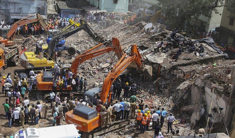 Katastrofa budowlana w Indiach. Liczba ofiar wzrosła do 60