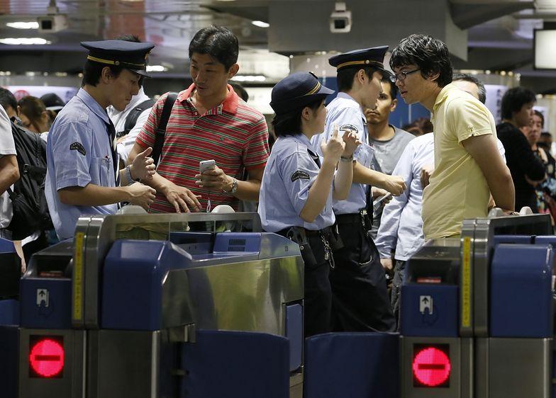 Silny tajfun uderzył w Japonię. Dziesiątki tysięcy ewakuowanych