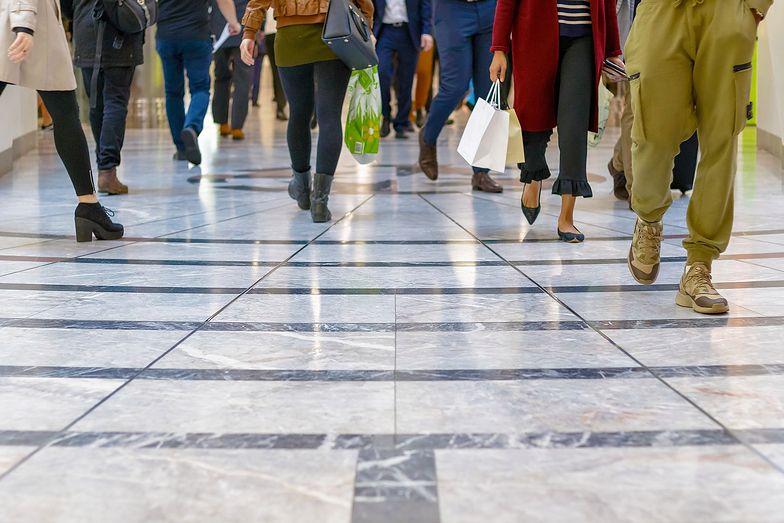 Przychody Asbisu wzrosły o 36% r/r do ok. 274 mln USD w grudniu