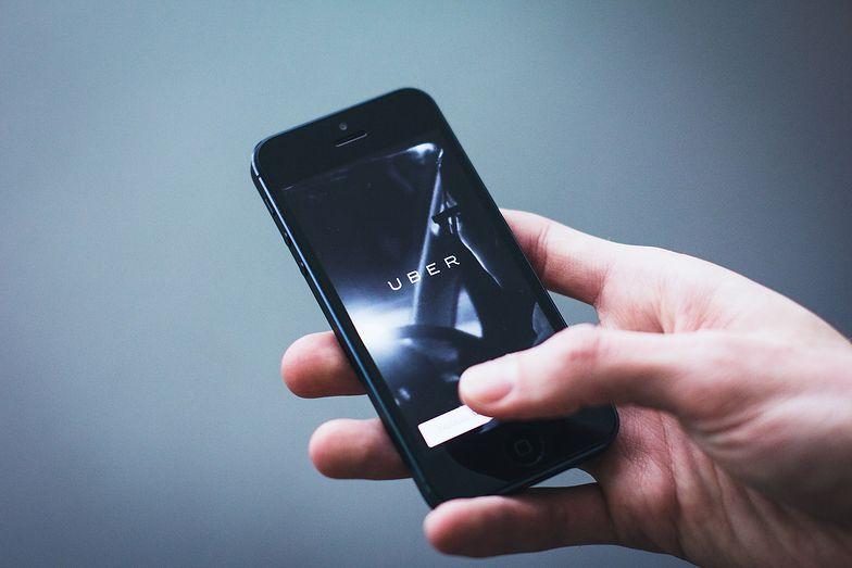 Kierowca z aplikacji jak taksówkarz. Lex Uber ma zaprowadzić porządek na drogach