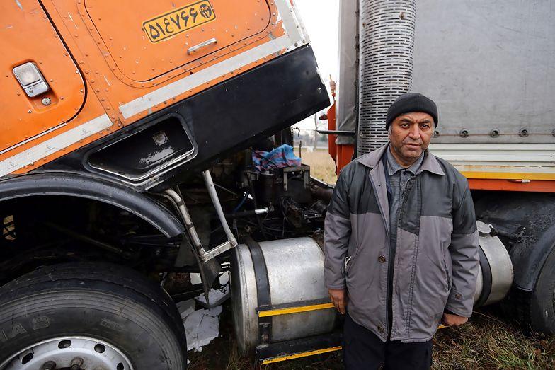 Ciężarówka dla irańskiego kierowcy. Rok po udanej zbiórce walka trwa