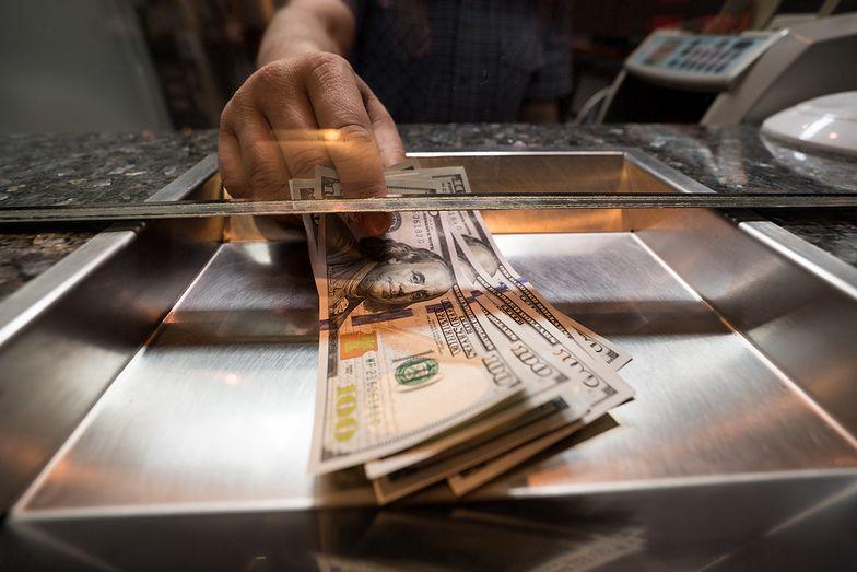 Kursy walut. Dolar nie reaguje