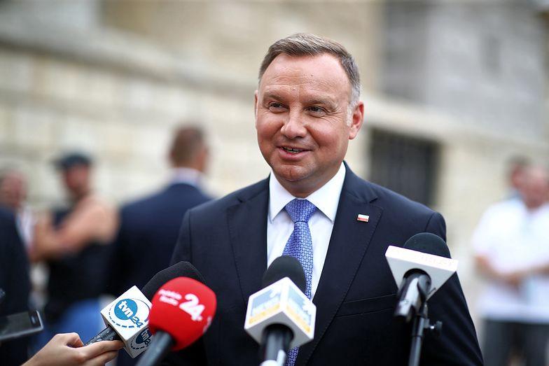 100 mln maseczek do końca czerwca - obiecał w kampanii Andrzej Duda