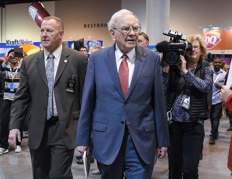 Warren Buffett pokazuje portfel. Ma ponad 12,5 mld dol. w dwóch nowych spółkach
