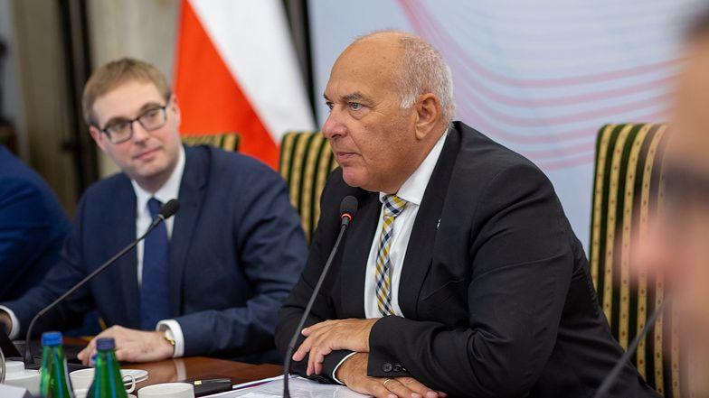 Deficyt budżetowy przekracza 13 mld zł. Minister finansów zdradza szczegóły