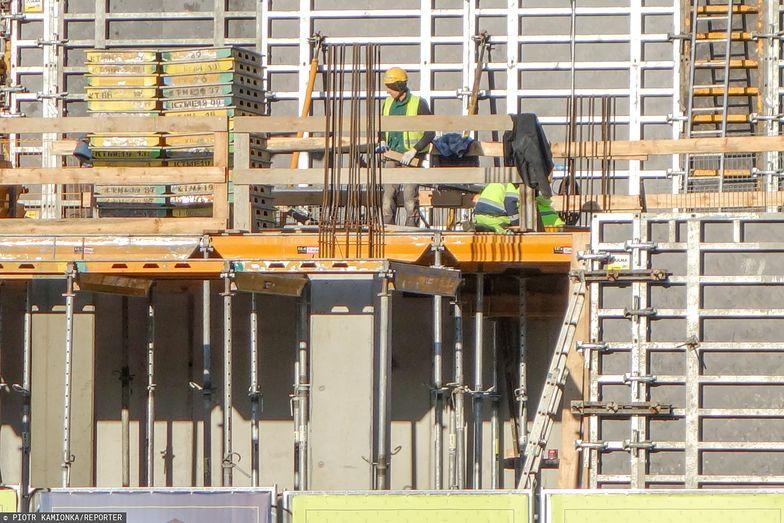 Na budowie przepisy bezpieczeństwa muszą być szczególnie przestrzegane