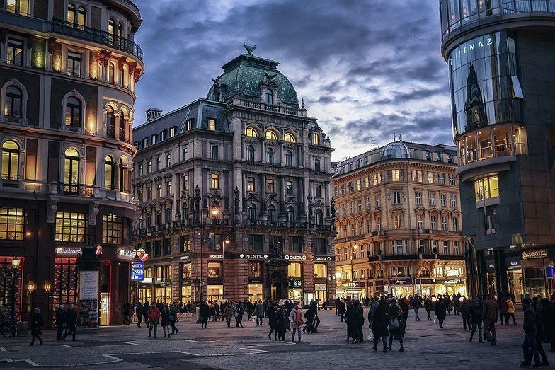 Zakaz wychodzenia z domów. Austriacy wprowadzają go od 26 grudnia