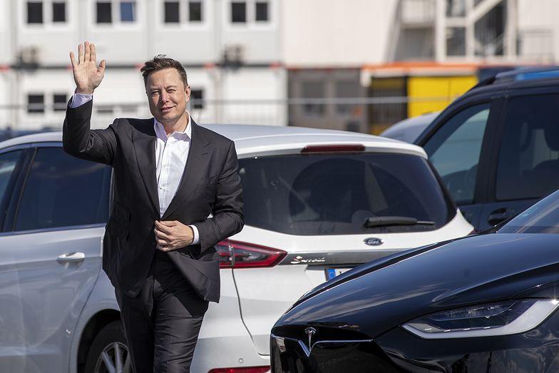 Oszustwo na Elona Muska i darmowe bitcoiny. Nie daj się nabrać