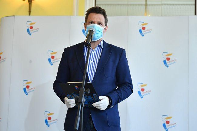 Prezydent Warszawy Rafał Trzaskowski wstrzymał procedowanie projektu.