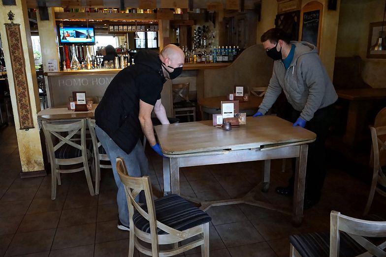Sfinks: Sprzedaż gastronom. spadła o ponad 90% r/r w lockdownie, potem o ok. 60%