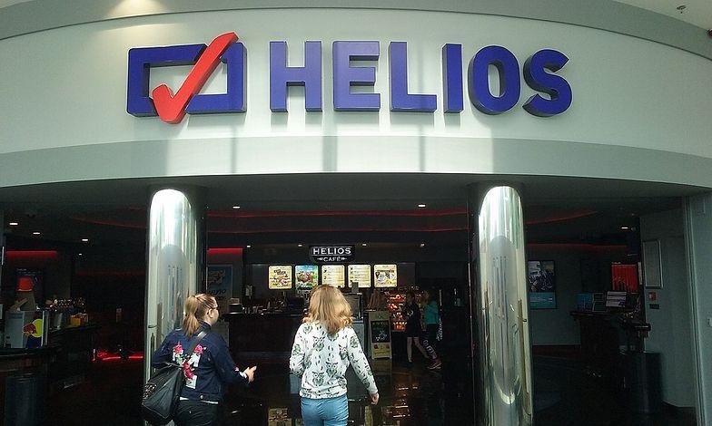 Agora: frekwencja w kinach może spaść o połowę. Sieć Helios na razie zamknięta.