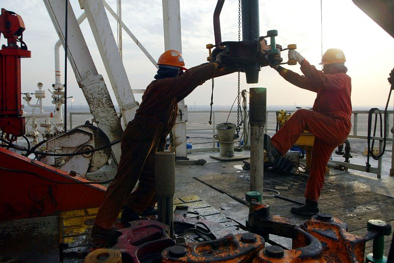 Katarski minister energii skrytykował Rosję i Arabię Saudyjską