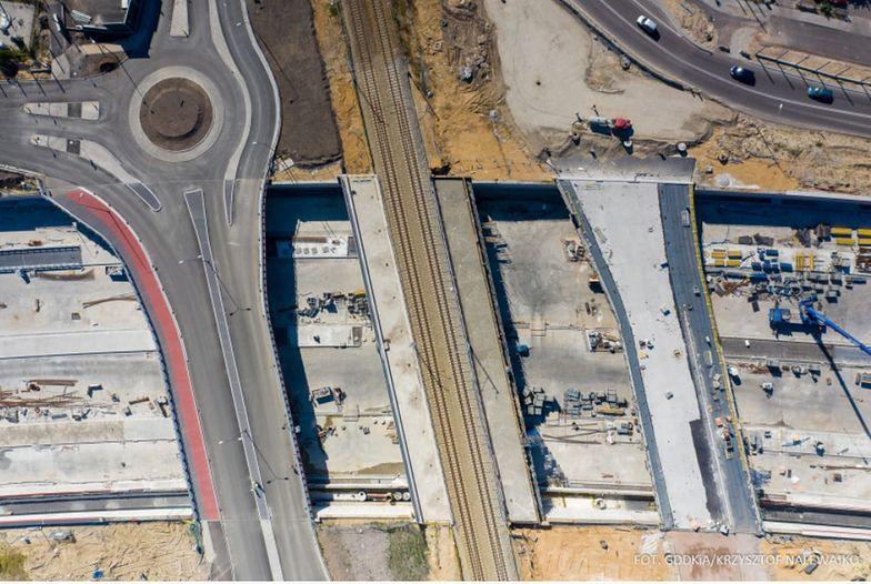 Kierowcy w tym roku wjadą na dwa z trzech odcinków z nowym mostem na Wiśle - zapewnia GDDKiA