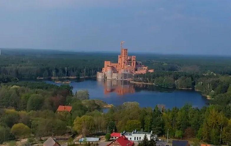 Tak wygląda budowany od kilku lat zamek w Puszczy Noteckiej, największym lesie w Polsce