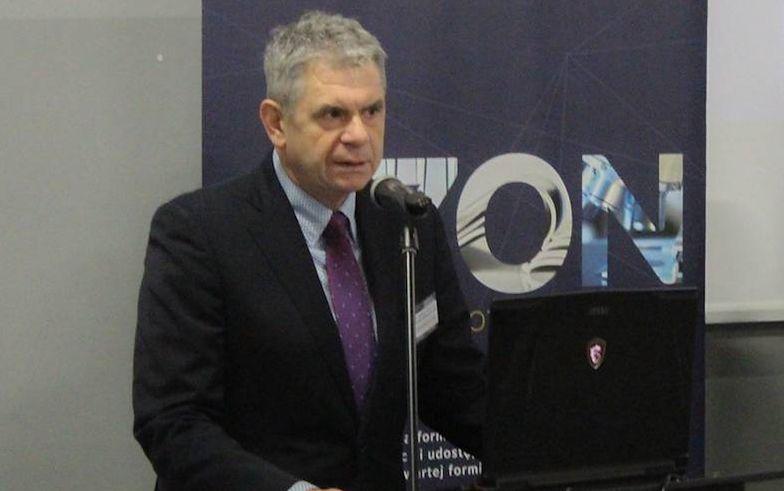 Jacek Oko jest technikiem i naukowcem.  To byłby pierwszy prezes UKE z takimi kompetencjami.