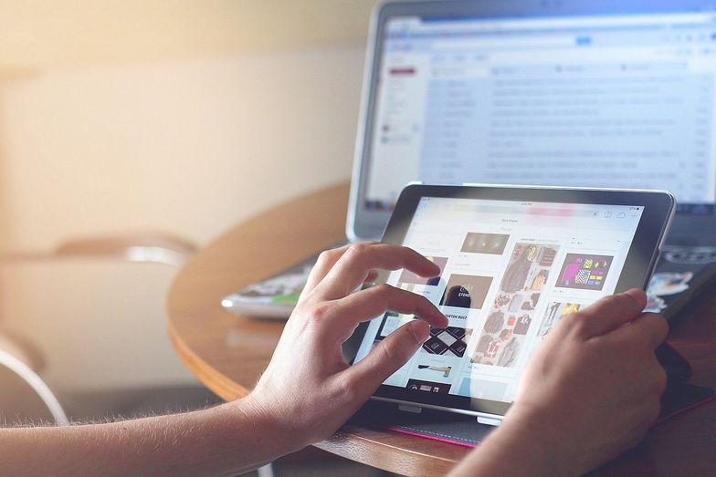 Udział sprzedaży on-line w sprzedaży ogółem wzrósł z 5,6 proc. w lutym do 8,1 proc. w marcu.