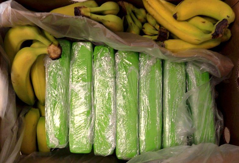 Kokaina w bananach. Towar trafił do sklepów popularnej sieci