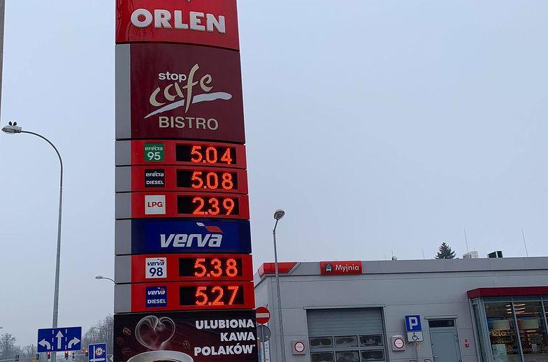 Ceny paliw wzrosły o kolejne kilka groszy. Duże różnice na mapie Polski